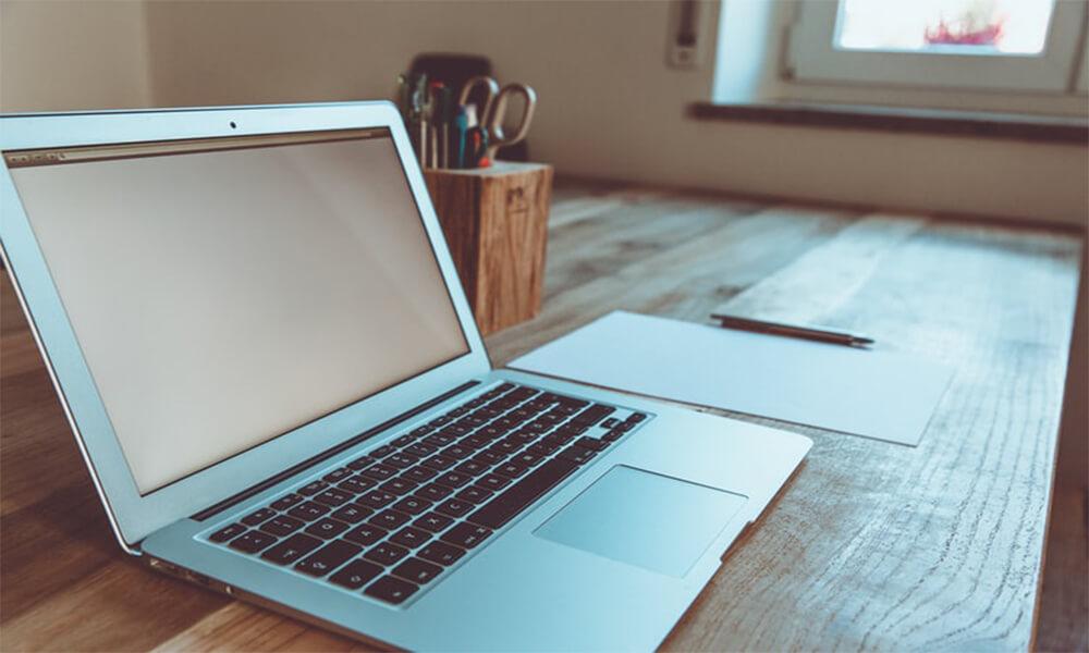 Laptops Under 900 Dollars
